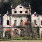 Villa De Vecchi, una magione in stile Arkham a Cortenova (LC).