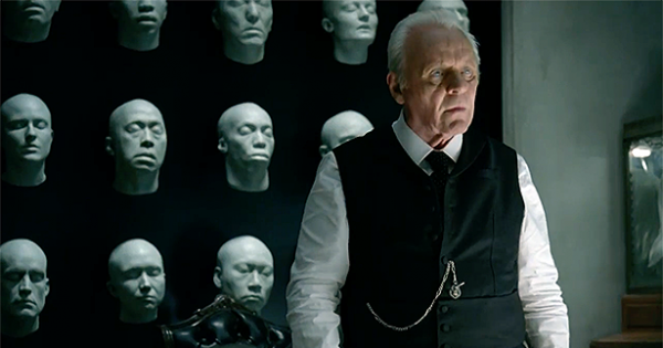 Westworld: Anthony Hopkins intepreta Ford, creatore del parco a tema