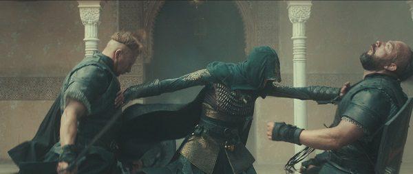 Assassin's Creed il film: doppio attacco con la lama celata