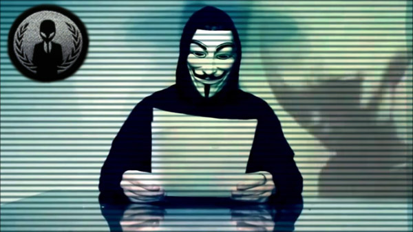 Anonymous e gli alieni