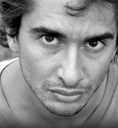 Mirko Dadich, scrittore, autore della raccolta di racconti di fantascienza Altrisogni Presenta: Hydrostasis (dbooks.it)