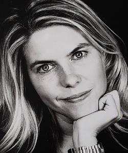 Francesca Caldiani, autrice del romanzo fantasy contemporaneo per ragazzi Twizel - L'altra parte (La Corte).